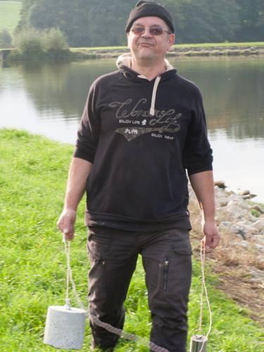 Que j'ai l'air niais quand je traîne des bouées :o)